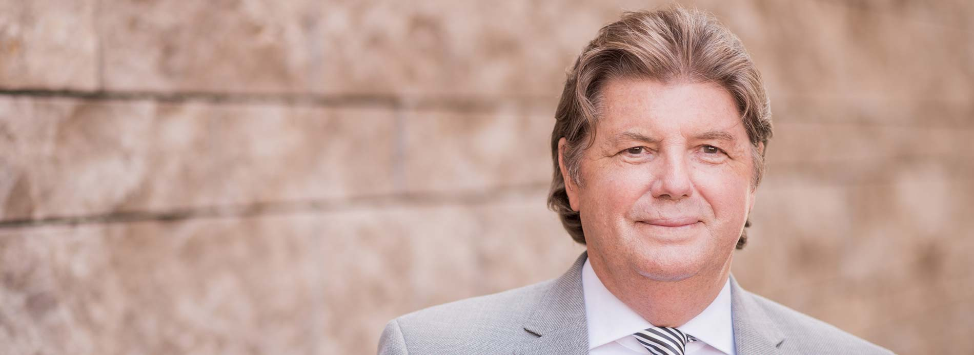 Dr. Christian Weinelt - Rechtsanwalt in Regensburg